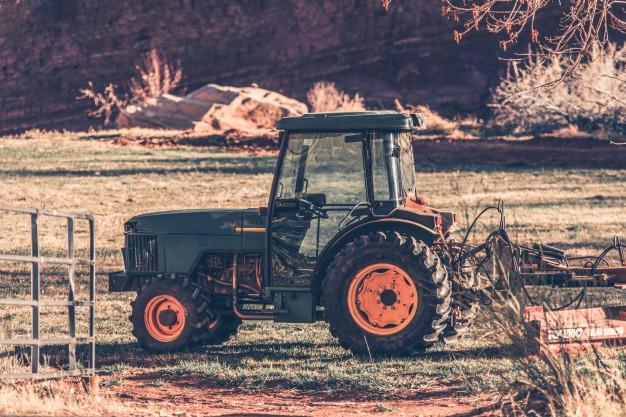 Zmogljivi in zanesljivi vrtni traktorji